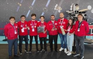 """Türkiye'nin """"Model Uydu Yarışması"""" sınırları..."""