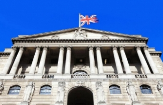 Merkez Bankası Faizi Sabit Tuttu Varlık Alım Programını Artırdı