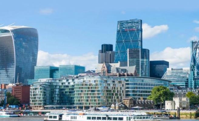 Londra, en büyük finans merkezi olmayı sürdürmek istiyor