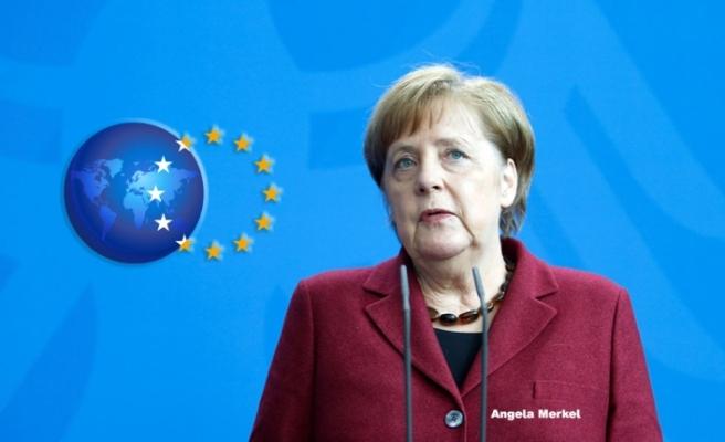 Angela Merkel'den Avrupa Birliği İçin Acı İtiraf