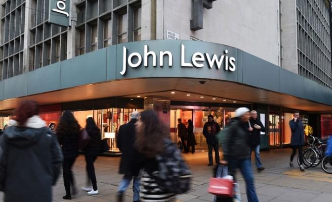 İngiliz perakende devi John Lewis 1500 kişiyi işten çıkarıyor