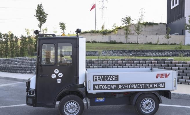 Yerli elektrikli hizmet aracı Tragger